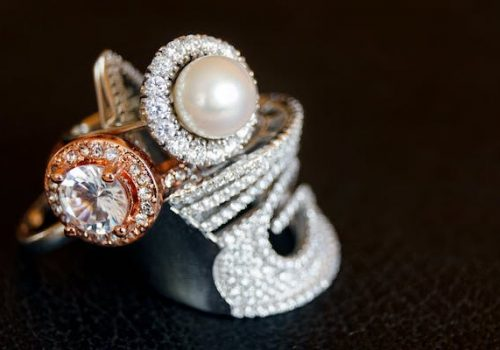 silver-pearl-ring